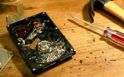 Liệu có khả năng cuu du lieu HDD vỡ mặt đĩa?