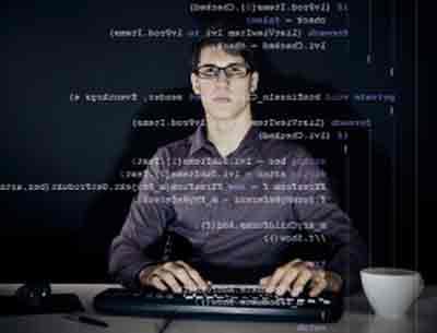 Tính chất công việc của một lập trình viên máy tính